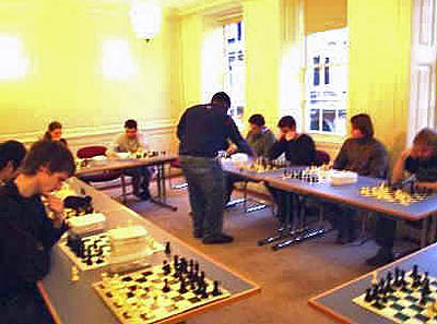 Master Rowe making his rounds in the London simul.