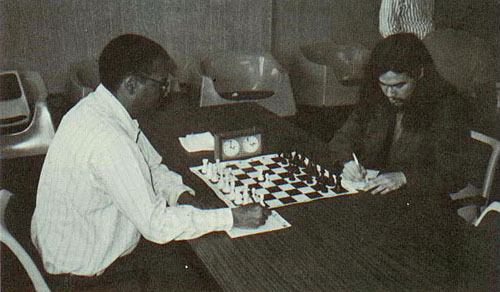 FM Morris Giles playing FM Albert Chow in the 5th round of the 1988 Prairie State Open.