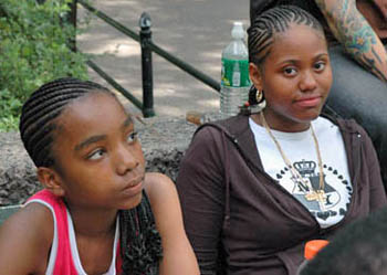 Darrian Robinson and Medina Parrilla at Washington Square Park. Photo by Jennifer Shahade.