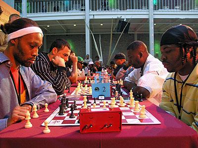 KINGS BATTLE! RZA vs. Monk, Ralek Gracie vs. GZA, Amir vs. Casual, Sunspot Jonz vs. Paris. Photo by Daaim Shabazz.