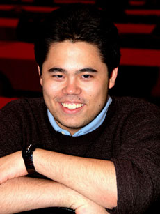 GM Hikaru Nakamura shows off 1st place smile. He also won the Blitz tournament. Photo by Betsy Dynako.