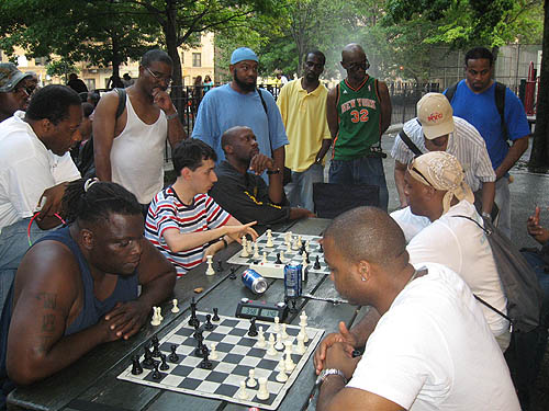 Battle in St. Nicholas Park! IM Alex Lenderman giving 'Clayton' blitz odds.