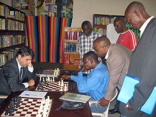 Spain's Chess Federation President Javier Ochoa with Congolese chess officials.