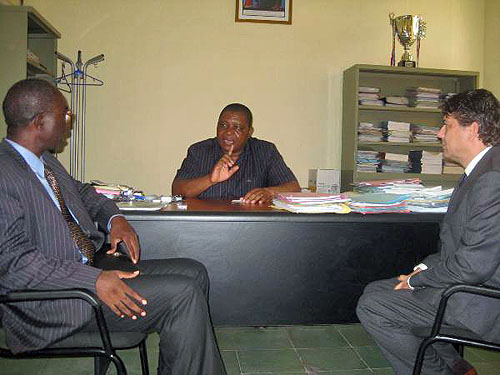 Ochoa meets with with Guy Esungi Botetsi, President of Congo Chess Federation.