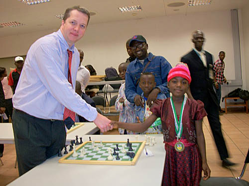Iyefu Onoja from Benue State was the event's youngest simul competitor. The 7-year old and lasted over two hours against the Grandmaster! Iyefu was a bronze medalist at the recently concluded 'Garden City Games' National Sports Festival. Perhaps she is a talent to watch for the future.