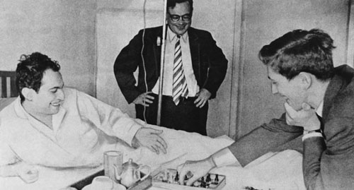 """When Mikhail Tal fell ill, Fischer was the only player who visited him in hospital, a gesture which touched Tal deeply, giving rise to the iconic photo of the two playing chess on Tal's hospital bed."""