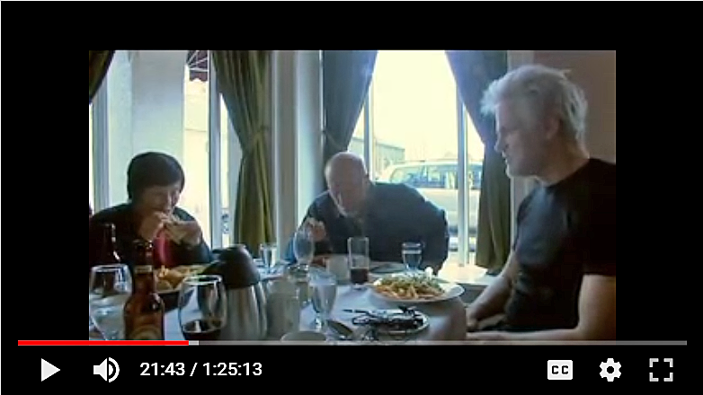 Bobby Fischer having lunch with wife Miyoko Watai and Dr. Kári Stefánsson.