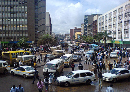 Tom Mboya Street, the busiest in Nairobi. Also the neighborhood of a chess hot spot.