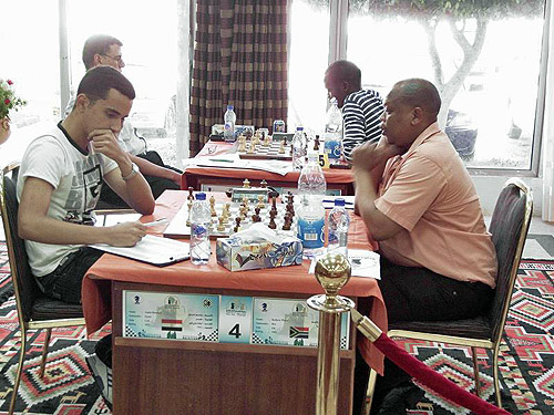 GM Bassem Amin facing IM Watu Kobese at the 2009 African Championships. IM Walaa Sarwat faces GM Amon Simutowe.