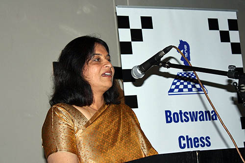 NIIT Botswana MD Sheela Raja Ram addressing guests at the dinner.