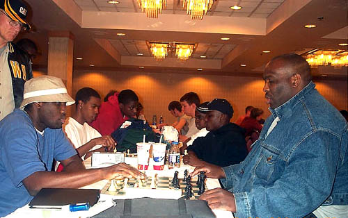 Marvin Dandridge playing International Master Oladapo Adu blitz at 2004 Chicago Open.