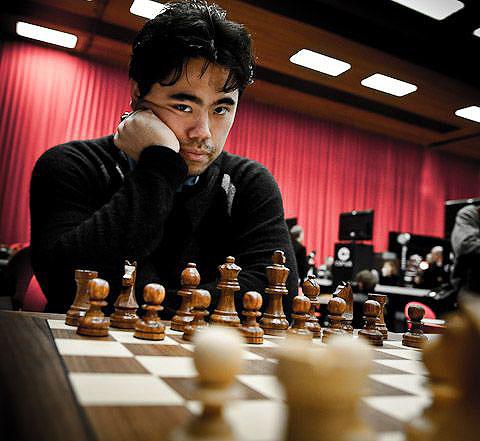 http://www.thechessdrum.net/tournaments/Corus2009/photos/Hikaru(Corus09).jpg