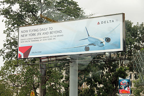 Delta flies from New York's Kennedy. They cancelled the Atlanta-Accra flight years ago.