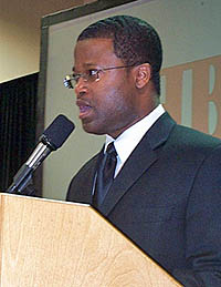GM Maurice Ashley at the HB Global Chess Challenge. Copyright © 2005, Daaim Shabazz.