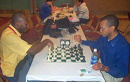 Jorge Renteria plays Stephen Muhammad in blitz battle.