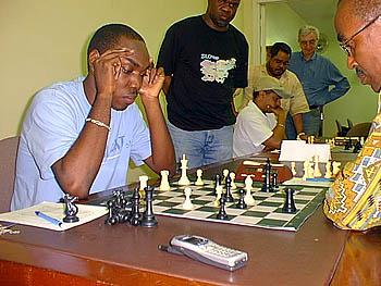 Warren Elliott vs. Bertram Scott. Copyright © 2004, JamaicaChess.com