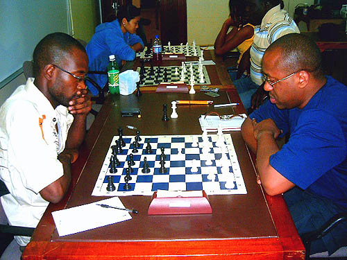 NM Equitable Brown (left) defeated NM Peter Myers (right) in the penultimate round on Saturday, to all but secure the National Title.