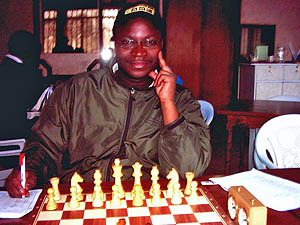 Alex Makatia's poor performance should teach him the lesson that it is not wise to mix event organizing and playing hard chess at the same time. Copyright © Alex Makatia, 2005.