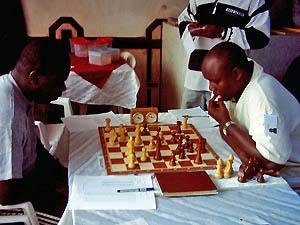 Ben Mukabi and Nathan Ateka in round 1. Copyright © Alex Makatia, 2005.