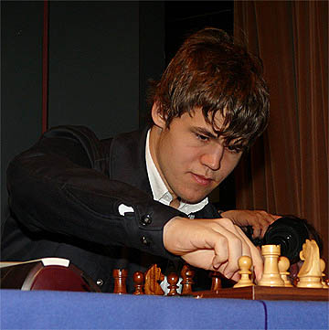 Carlsen comes charging back! Photo by John Saunders.