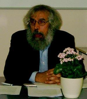 Lakhdar Mazouz (Algeria) chairing the African Continental Meeting. Copyright © Jerry Bibuld, 2002.
