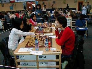 Vietnam vs. Romania (Women). Copyright © Barbados Chess Federation, 2002.