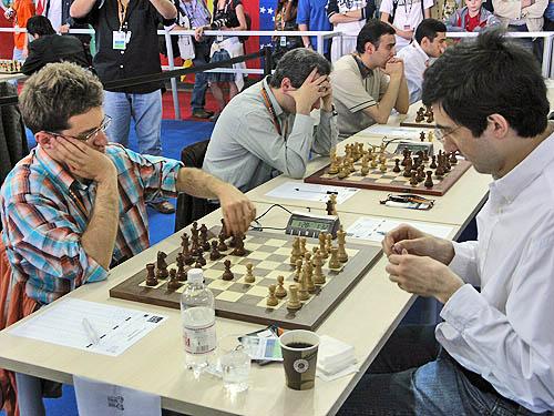 Armenia vs. Russia (men). Copyright © 2006, Daaim Shabazz.
