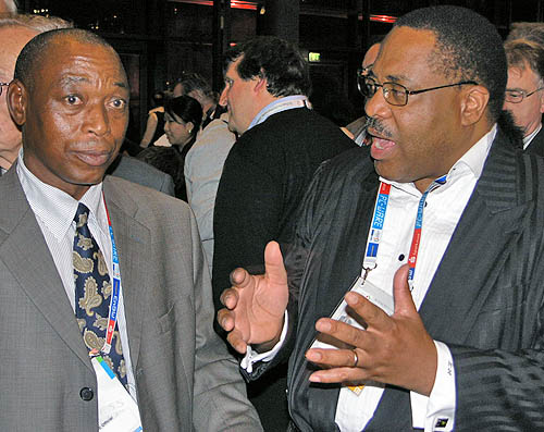 Dabilani Buthali (FIDE President for Africa), Lewis Ncube (FIDE Vice President). Photo by Daaim Shabazz.