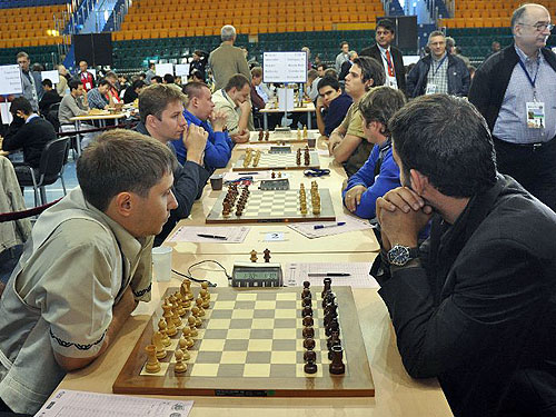 Russia 3 enroute to beating Cuba 2½-1½. Alexander Motylev on board #2 said in an interview that the 'Ugra representatives' want to make a good showing. Photo from ugra-chess.com.