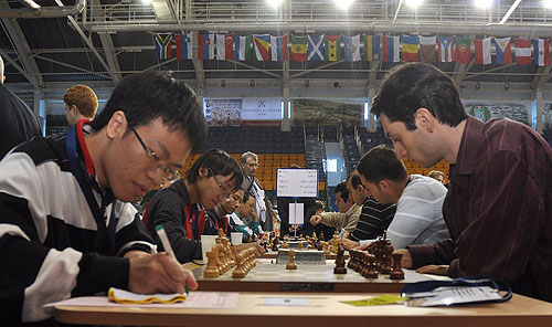 Vietnam pawns off against Georgia.  Photo by ugra-chess.com.