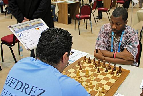 GM Andres Rodrigues (Uruguay) vs. IM Robert Gwaze (Zimbabwe)