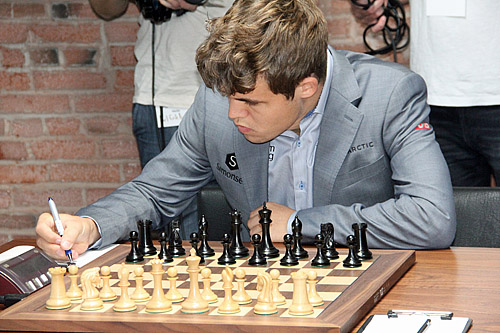 Carlsen has grabbed the tournament lead going into his epic matchup with Nakamura. Photo by Daaim Shabazz.