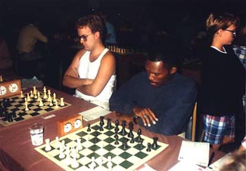 Darren Bolden playing against R. Osterlund (soon thereafter became 'Daaim Shabazz'). Copyright © 1989, Daaim Shabazz.