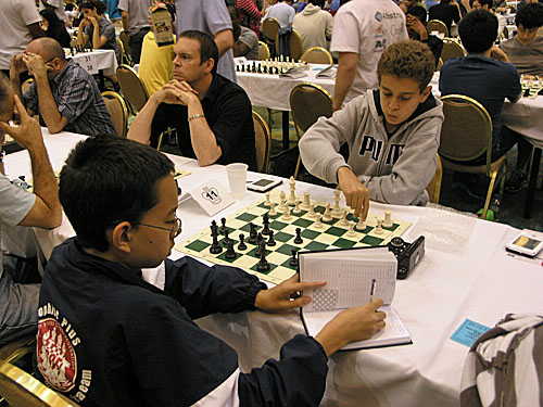 NM IM Daniel Naroditsky (right) vs. Michael Brown (1-0)