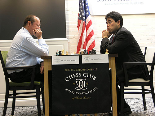 IM Michael Brooks in battle versus GM Hikaru Nakamura. Photo by Daaim Shabazz.