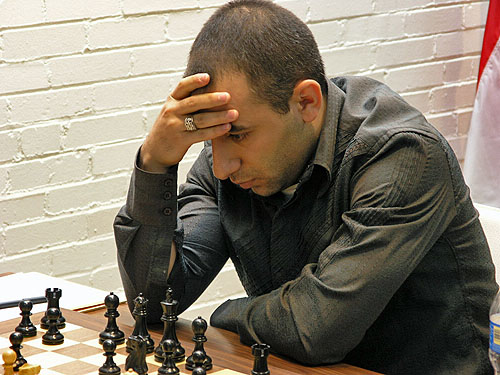 GM Varuzhan Akobian. Photo by Daaim Shabazz.