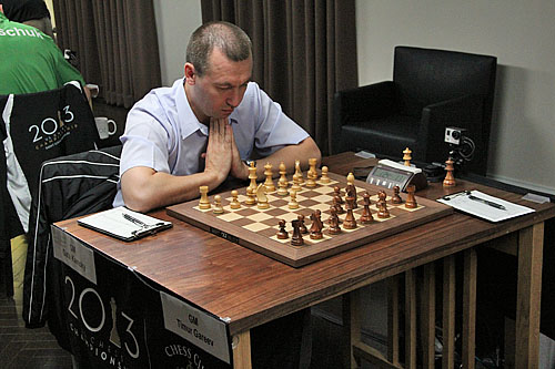 Kamsky-Gareev was a rollercoaster. Kamsky's 'namaste' pose would prevail in what was otherwise a very violent battle.