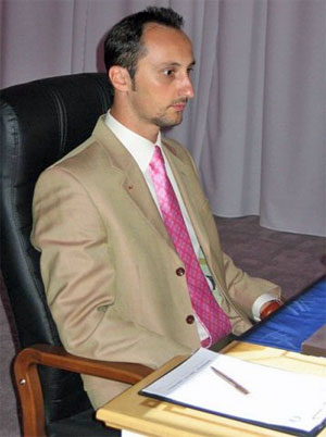 GM Veselin Topalov looking for answers.