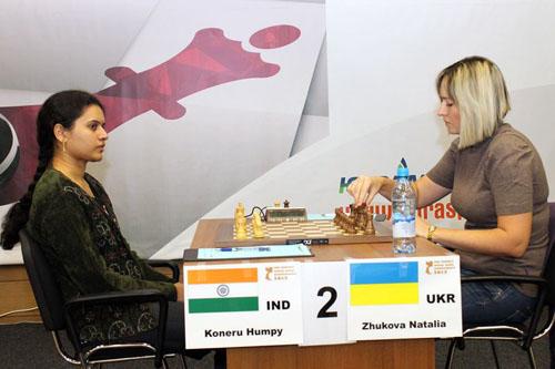 Humpy Koneru vs. Natalia Zhukova, 0-1