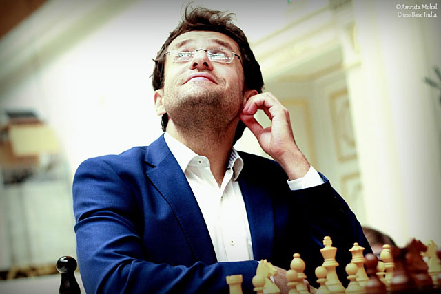 Aronian seemed to enjoy the soft music in the background.