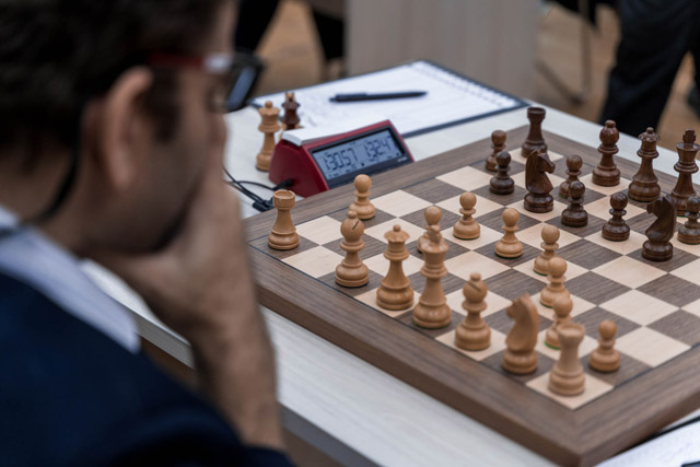 Essam El-Gindy trying to equalize the match against Levon Aronian. Photo by Kirill Merkuryev