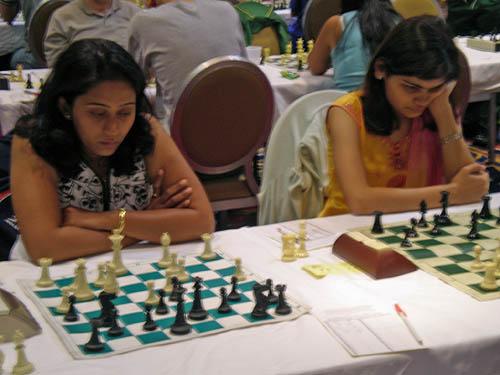 WGMs Swati Ghate and Nisha Mohota