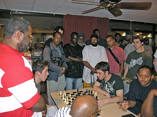 Blitz session between Canada's Eric Hansen and America's Alex Barnett.