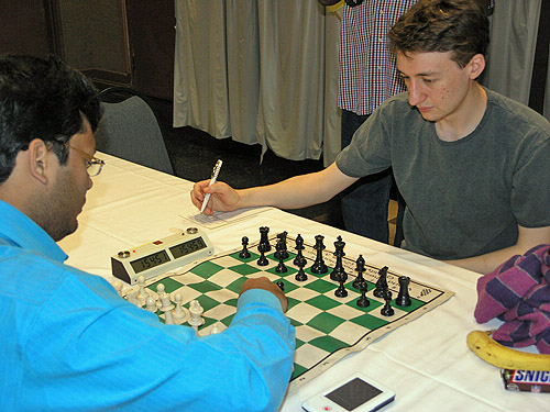 GM Surya Ganguly (India) vs. GM Luke McShane (England). Photo by Daaim Shabazz.