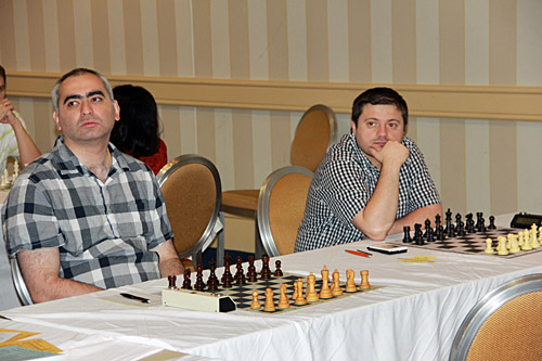 Georgian GMs Giorgi Kacheishvili and Tamaz Gelashvili. Photo by Daaim Shabazz.