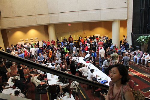 This venue is a lot more tournament-friendly than the Philadelphia Sheraton. Photo by Daaim Shabazz.