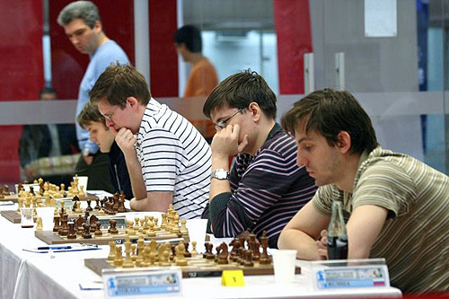 Alexander Grischuk (front) leading Team Russia to gold.