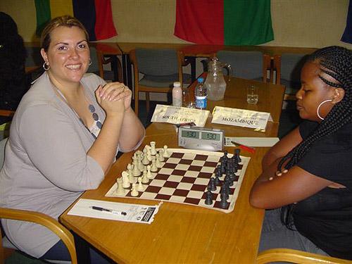 Anzel Solomons (South Africa) vs. Vania Vilhete (Angola)
